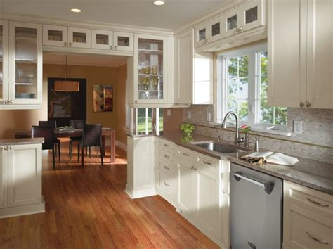 kitchens with cabinets kitchen craft cabinets transitional kitchen 6614