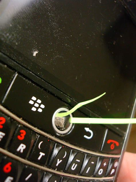 cleaning the blackberry trackball it by mitch