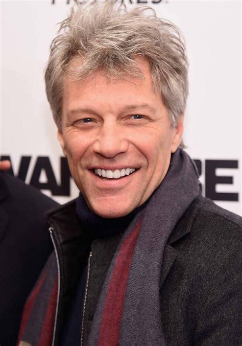 Jon Bon Jovi Canta Surpresa Casamento Simplesmente