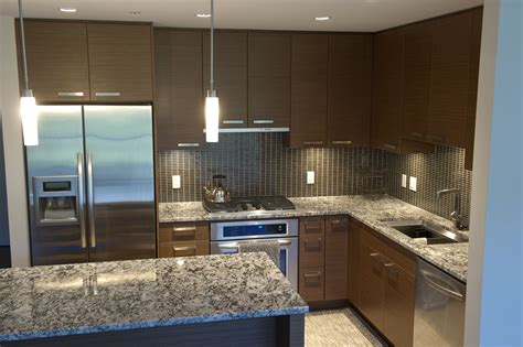 Choosing Kitchen Countertops by How To Choose The Best Colors For Granite Countertops