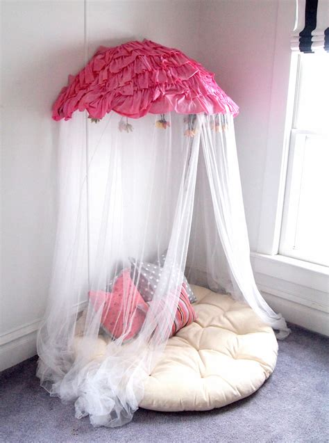 papasan turned canopy reading nook reality daydream