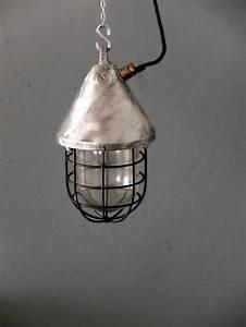 Vintage Lampen Berlin : fabriklampe no 193 vintage fabriklampen von works berlin ~ Markanthonyermac.com Haus und Dekorationen