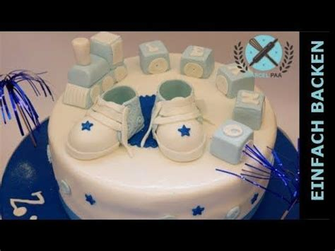 tauftorte junge selber machen tauftorte f 252 r junge mit babyshoes lokomotive motivtorten cake birthday cake und fondant