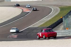 Alfa Romeo Dijon : alfa romeo 1600 gta chassis ar613886 driver xavier beaumartin 2014 grand prix de l 39 age d 39 or ~ Gottalentnigeria.com Avis de Voitures