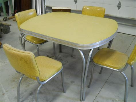 retro kitchen dinette sets video