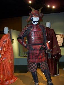 Very popular images: view of the Samurai armor