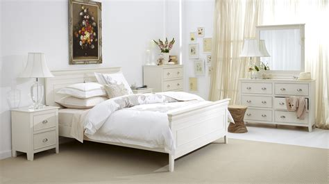 Distressed White Bedroom Furniture by Distressed White Bedroom Furniture Decorate My House