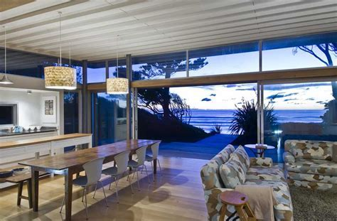 Raumati Beach House, Wellington   e architect