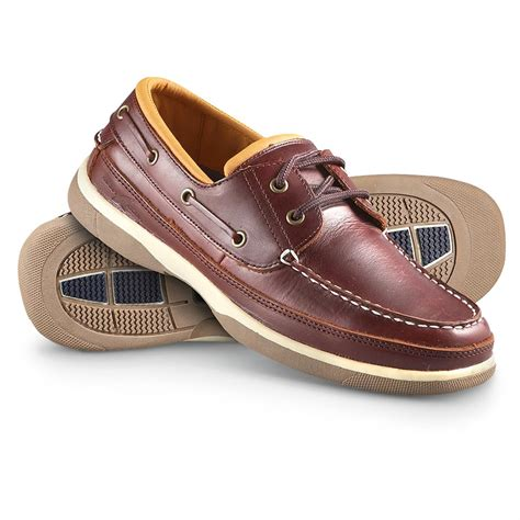 Rugged Shark Classic Boat Shoes by S Rugged Shark 174 Hyannisport Boat Shoes Burgundy