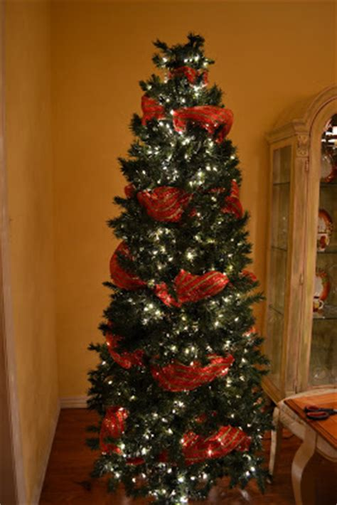 decorating with mesh ribbon for christmas kristen s creations decorating a tree with mesh