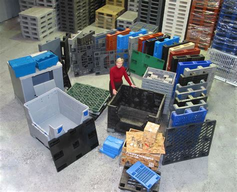 plastic pallets package warehouse