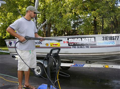 Bass Pro Shop Boat Cleaner by Cleaning Your Boat From Top To Bottom Bass Pro Shops