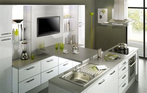 cuisine noir et grise cuisine ariane blanc brillant