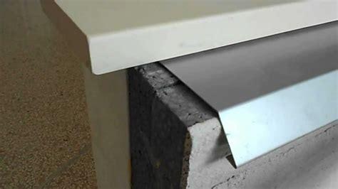 Davanzali In Alluminio Prezzi by Prolunga Soglia Davanzale Con Copertura Scossalina Profilo