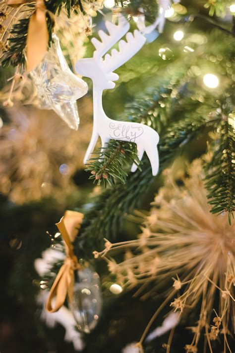 25 Festive Christmas Tree Inspired Wedding Ideas Martha
