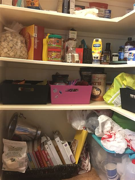 how to organize the kitchen cabinets the wheelchair paraplegic and 8776
