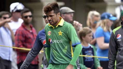Icc World Amir Included Gul Axed Pakistan Pick
