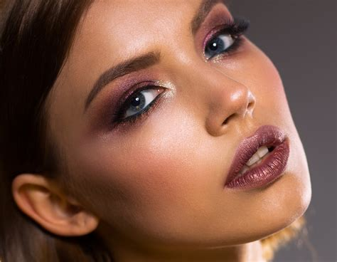 hottest winter makeup    holidays
