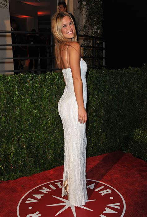 stars arriving  vanity fair oscar party