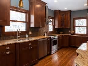 hgtv kitchen backsplash tile backsplash ideas pictures tips from hgtv kitchen ideas design with cabinets islands