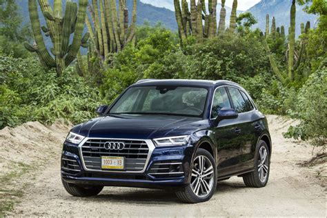 Audi Q5 (2017) First Drive Carscoza