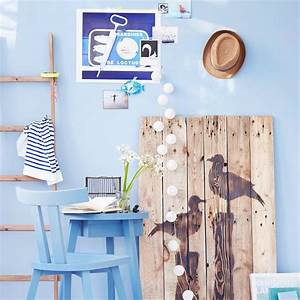 Deko Küche Wand : wohnzimmer k che esszimmer bad v gel vogel holz wand stuhl tisch blau streifen ~ Whattoseeinmadrid.com Haus und Dekorationen