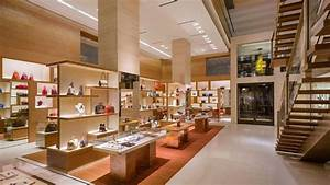 Louis Vuitton New York 5th Avenue store, UNITED STATES