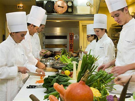 cuisine des chefs cours de cuisine groupes idée originale