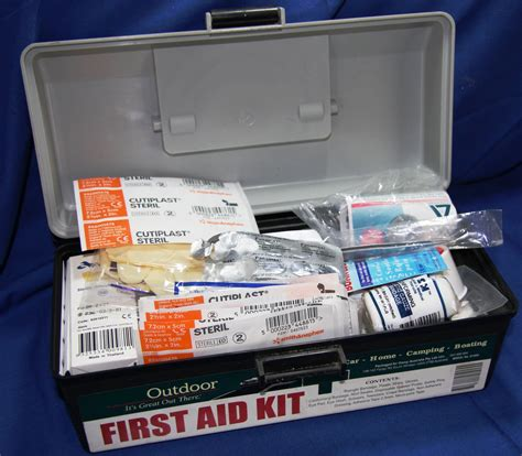 Boat First Aid Kit by How To Treat Virtually Any Injury On A Fishing Boat Pics