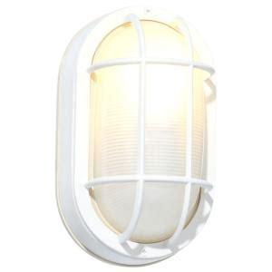 hton bay white outdoor oval bulkhead wall light hb8822p