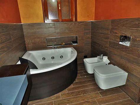 bagno con vasca ad angolo vasche angolari