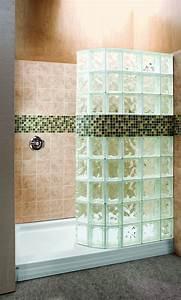 mettons des briques de verre dans la salle de bains With cloison en carreau de verre