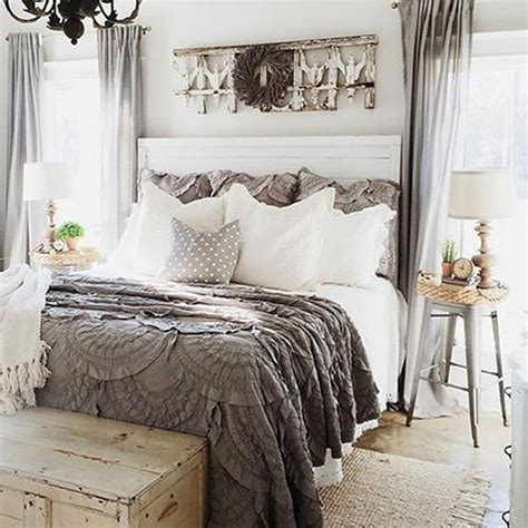 Vintage Bedroom Decorating Ideas by Stunning Vintage Farmhouse Bedroom Decoration Ideas 73