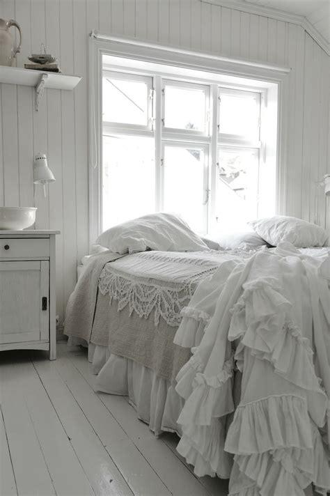 shabby chic cottage bedding 25 cool shabby chic bedroom design ideas interior god