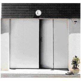 Porte De Garage Pliante À La Française 4 Vantaux : porte de garage 4 vantaux pvc 200 x 240 castorama ~ Nature-et-papiers.com Idées de Décoration