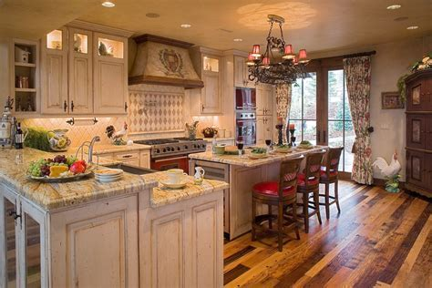 English Styled Kitchen: Special Aspects of Decoration