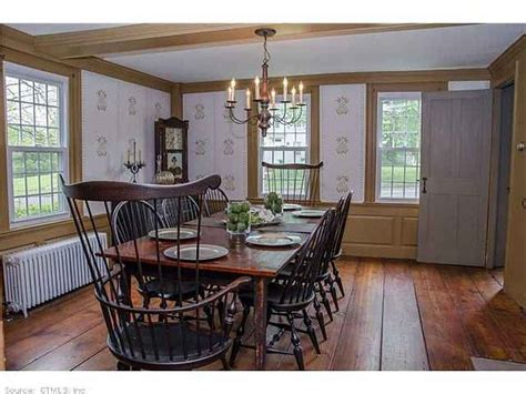 Colonial Dining Room Furniture by Lovely Colonial Dining Room With Great Chairs