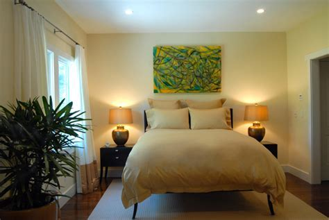 Hamptons Guest Bedroom Design Yellow 600