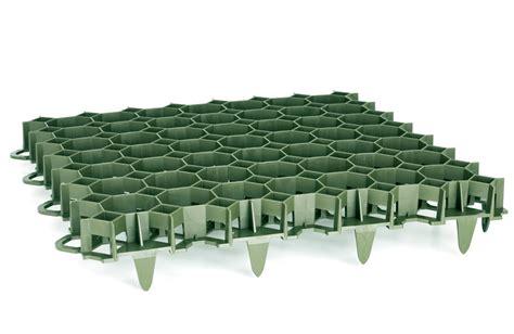 dalle a engazonner dalle en pvc 224 engazonner stella green 50 x 50 cm ep 3 9 cm 3 5 t