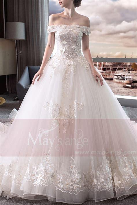 robe de mariée et blanche dentelle magnifique robe de mariage blanche bustier en dentelle brod 233 e