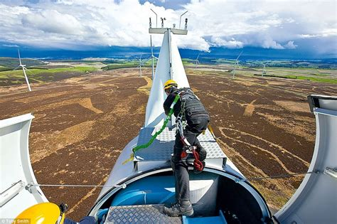 Be A Wind Turbine Technician What You Really Need. Janitorial Services Orange County. Devry University Online Tuition. Network Performance Analysis. Whatsup Gold V14 Download Delta Credit Cards. Backlink Building Services Biting In Daycare. Teaching Certificate Nc Bankruptcy Attorney Nj. Western Reserve Life Insurance. Upper Airway Anaphylaxis Spider Veins Houston
