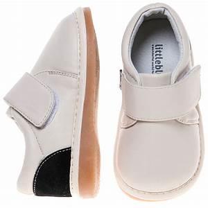Comment Nettoyer Des Chaussures En Nubuck : cire sur chaussure en daim ~ Melissatoandfro.com Idées de Décoration