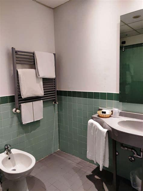 Motel Vasca Idromassaggio by Motel Con Parcheggio Privato E Camere Con Idromassaggio