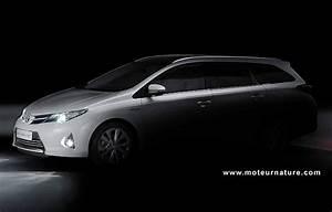 Toyota Auris Break Hybride : l 39 auris hybride aussi en break ~ Medecine-chirurgie-esthetiques.com Avis de Voitures