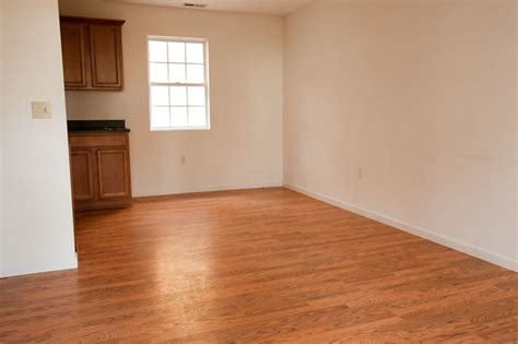 Acclimating Pergo Laminate Flooring by Quot Snap Crackle Pop Quot Great For Selling Cereal How