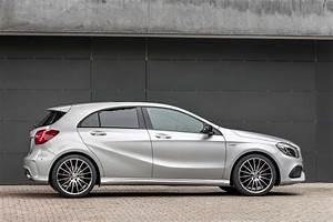 Mercedes Classe A 2014 : mercedes classe a restyl e prix et gamme 2015 ~ Medecine-chirurgie-esthetiques.com Avis de Voitures