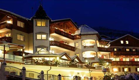 Panoramapool Hotel Hubertus In Olang by Hotel Hubertus In Villanders S 252 Dtirol