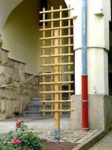 Freistehendes Spalier Bauen : freistehendes rankgitter befestigt an einem vierkantpfahl 7 x 7 cm welcher in einer ~ Somuchworld.com Haus und Dekorationen