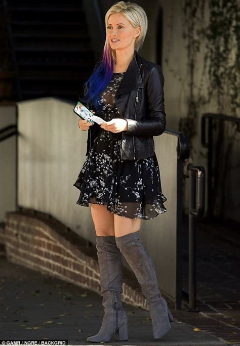 Holly Madison debuts new purple tresses with tough jacket ...