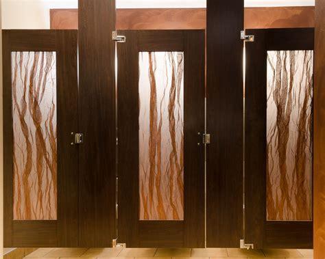 Ironwood Manufacturing Door Lite Restroom Partition